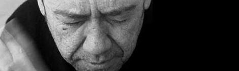 Miquel Gil en concert presentaOrgànic[Data d'estrena:25 d'octubre de 2002]